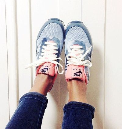 nike air max pink and blue